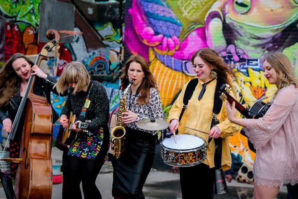 The wandering ladies roaming band for hire