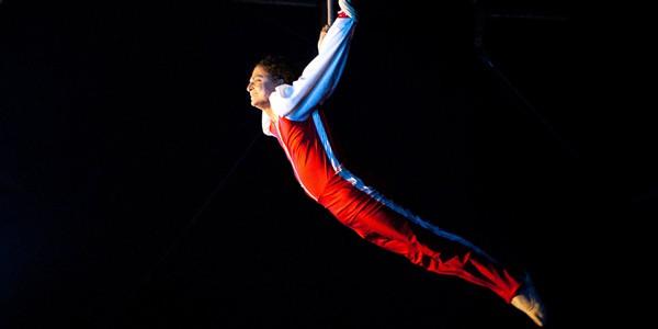 Circus-&-Magic-Acts-6x3