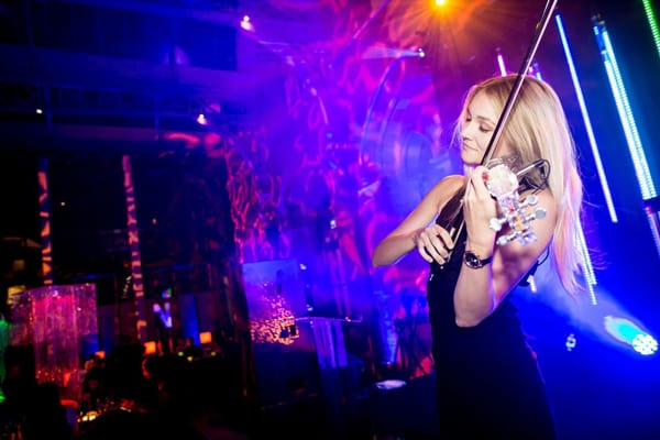 electric violinist and saxophone act for hire